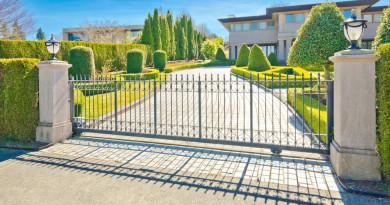 Advantages of Using Automatic Driveway Gates