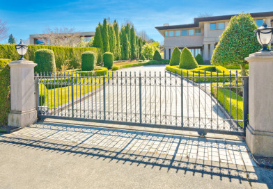 Advantages of Using Automatic Driveway Gates