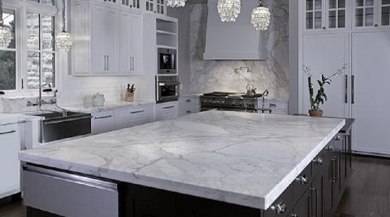 invest in marble-kitchen-benchtops