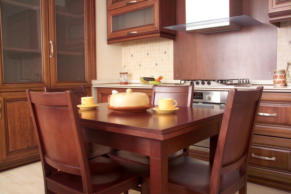 Tasmanian-Blackwood-Dining-Table