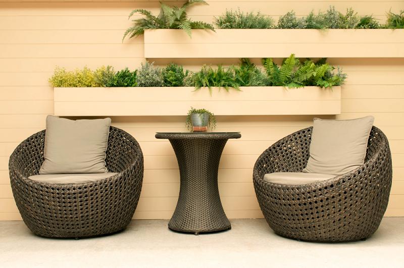 Outdoor Furniture Shops