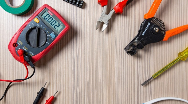 Five Reasons To Appoint A Maintenance Electrician